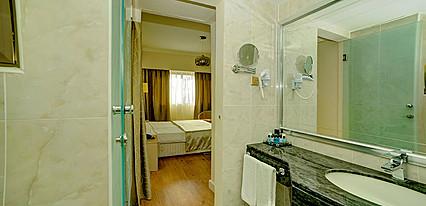 Jasmine Court Hotel Casino Oda