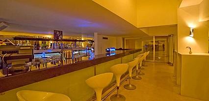Jasmine Court Hotel Casino Yeme / İçme