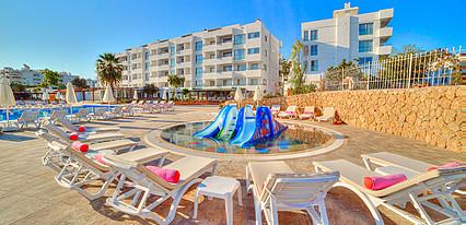 Jasmine Court Hotel Casino Havuz / Deniz