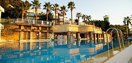 Kairaba Blue Dreams Resort Spa  Havuz / Deniz