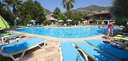 Katre Hotel Fethiye Havuz / Deniz