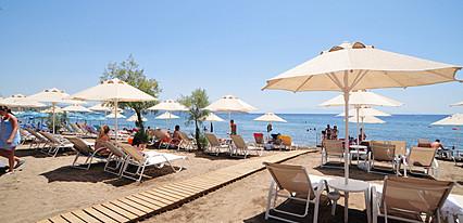 Kefi Beach Havuz / Deniz