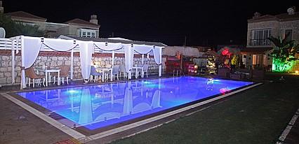 Kemerlihan Deluxe Hotel Havuz / Deniz