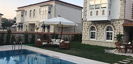Kerme Ottoman Alacati Havuz / Deniz