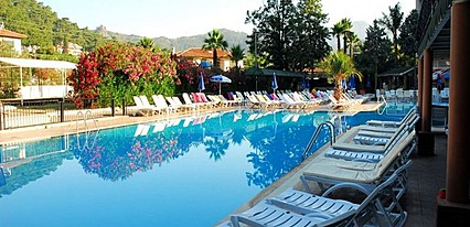 Kervansaray Marmaris Hotel Havuz / Deniz