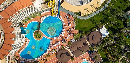Kirman Leodikya Resort & Spa Havuz / Deniz
