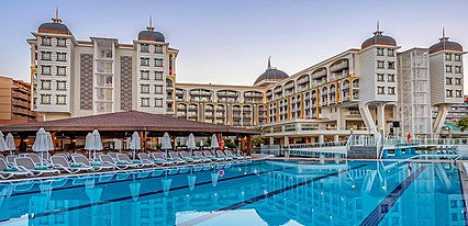 Kirman Sidera Luxury & Spa Havuz / Deniz