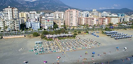 Klas Dom Hotel Havuz / Deniz