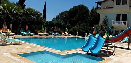 Klas Hotel Fethiye Havuz / Deniz