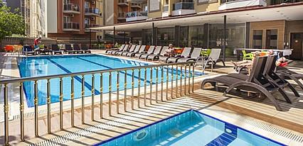 Kleopatra Ada Beach Hotel Havuz / Deniz