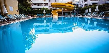 Kleopatra Beach Hotel Havuz / Deniz