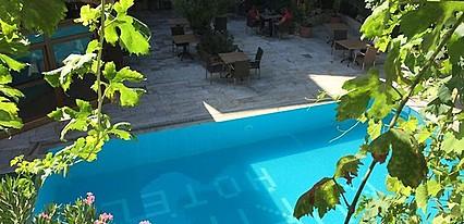 Koray Hotel Havuz / Deniz