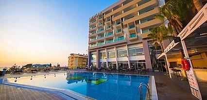Kusadasi Marina Hotel Havuz / Deniz