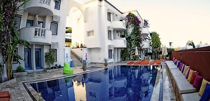 La Brezza Beach Hotel Genel Görünüm