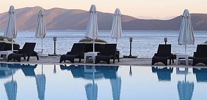 La Quinta by Wyndham Bodrum Havuz / Deniz