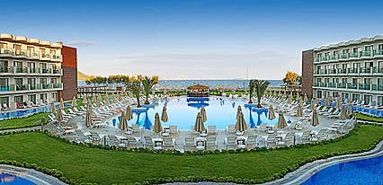 Labranda Bodrum Princess & SPA Havuz / Deniz