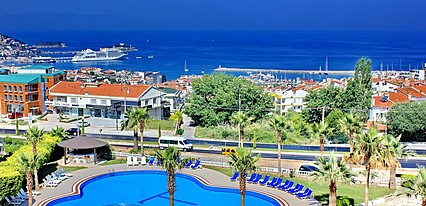 Lambiance Royal Palace Hotel Havuz / Deniz