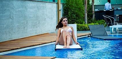 Laren Family Hotel & Spa Havuz / Deniz
