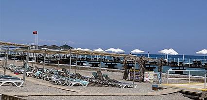 Larissa Art Beach Kemer Havuz / Deniz