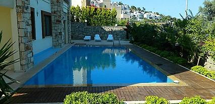 Liona Residence Havuz / Deniz