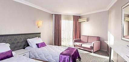 Luna Beach Deluxe Hotel Oda