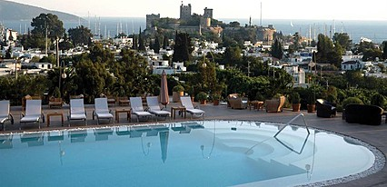 Lvzz Hotel Residencess Spa Havuz / Deniz