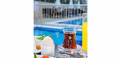 Maia Luxury Beach Hotel Yeme / İçme