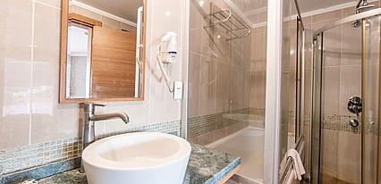 Maira Deluxe Resort Hotel Oda