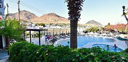 Mare Garden Hotel Havuz / Deniz