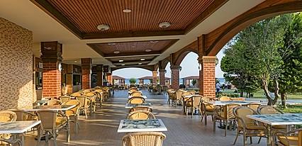 Maritim Pine Beach Resort Yeme / İçme