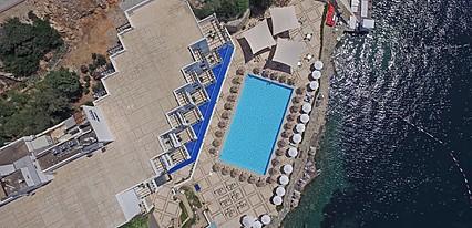 Mavi Kumsal Hotel Havuz / Deniz