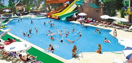 MC Mahberi Beach Hotel Havuz / Deniz