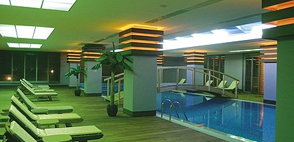 Meder Resort Hotel Havuz / Deniz