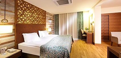 Melas Lara Hotel Oda