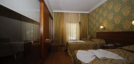 Meril Hotel Oda