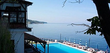 Mesen Hotel Havuz / Deniz