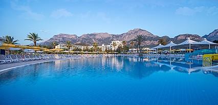 Mirage Park Resort Göynük Havuz / Deniz