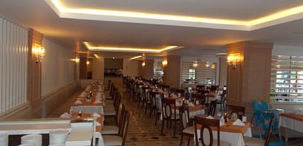Monachus Hotel & Spa Yeme / İçme