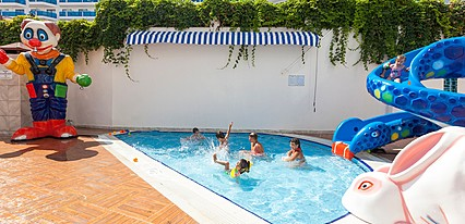 Narcia Resort Havuz / Deniz