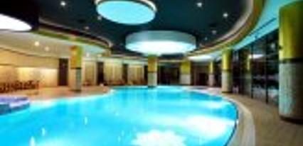 Naskon Sapphire Resort & Spa Havuz / Deniz