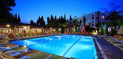 Natur Garden Hotel Havuz / Deniz