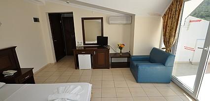 Navy Hotel Oda