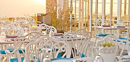 Nea Efessos Hotel Yeme / İçme