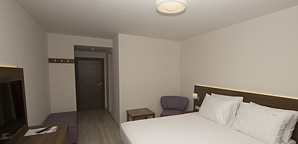 Neopol Hotel Deluxe Oda