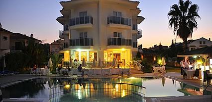 Nevada Hotel &Spa Havuz / Deniz