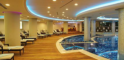 NG Sapanca Wellness & Convention Havuz / Deniz