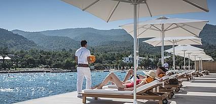 Nikki Beach Resort & Spa Bodrum Havuz / Deniz