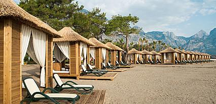 Nirvana Lagoon Villas Suites & Spa Havuz / Deniz