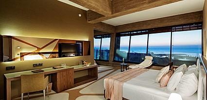 Noahs Ark Deluxe Hotel Oda