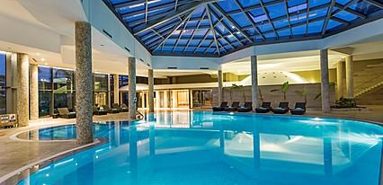 Noahs Ark Deluxe Hotel Havuz / Deniz